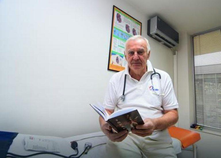 dr Vasilije Topalov