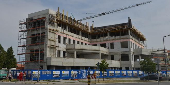 hitna-pomoc-zgrada-novi-sad