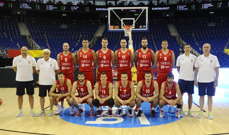 Fotografisanje kosarkasa Srbije pre pocetka turnira. Berlin, 04.09.2015. foto: Nebojsa Parausic  Kosarka, Srbija, Eurobasket 2015. Ekipa