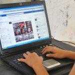laptop-fejsbuk