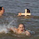 Bogojavljenje-plivanje-za-krst-na-25-maju-Foto-Marko-Todorovic141