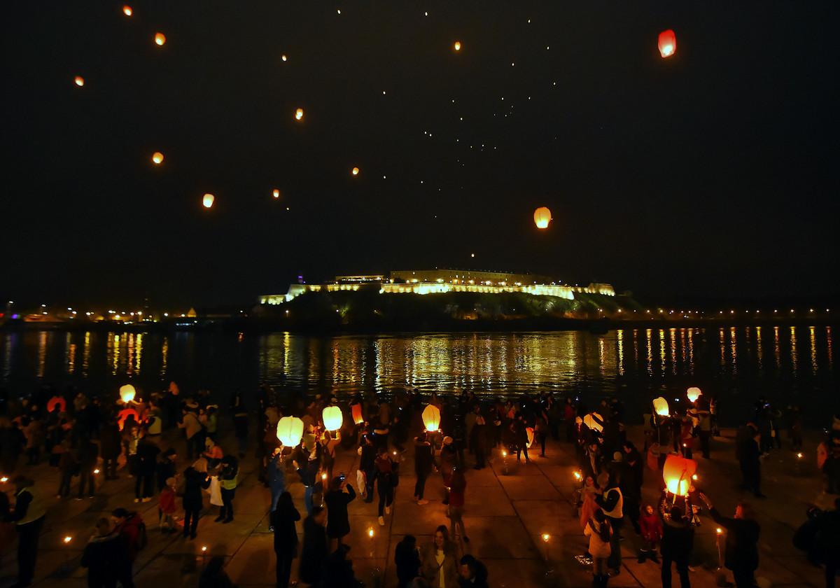 U NEDELjU JE FESTIVAL LAMPIONA